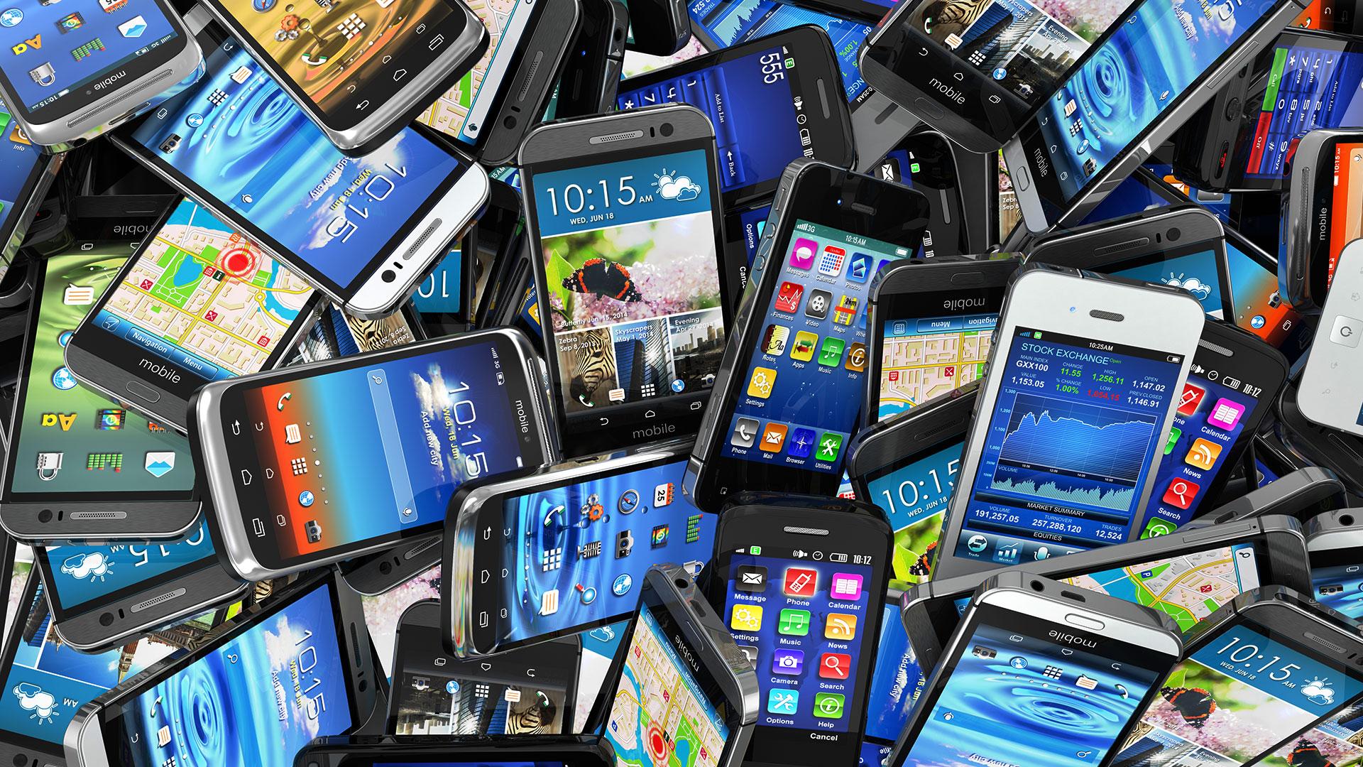 Esti curios sa afli cate modele diferite de telefoane au fost lansate in 2015?