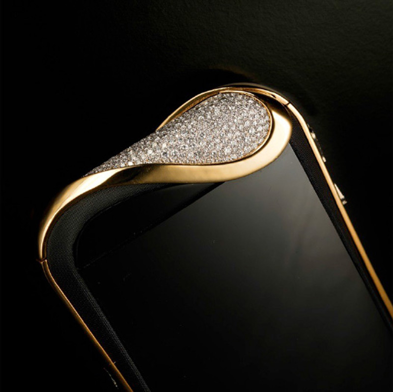 Savelli debuts diamond studded Android smartphones just for women Cele Mai Scumpe Telefoane Mobile Din Lume