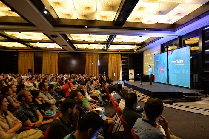 54yrt DevTalks 2015 profesionistii IT se intalnesc la Bucuresti si Cluj-Napoca