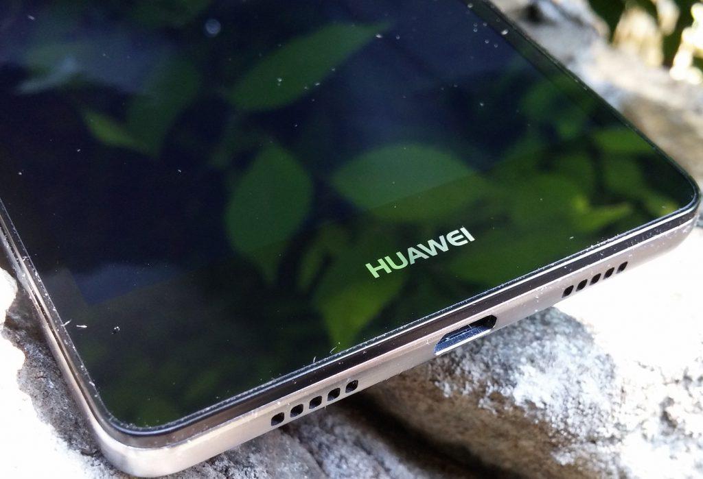20150531_115141 Unboxing Huawei P8 Lite