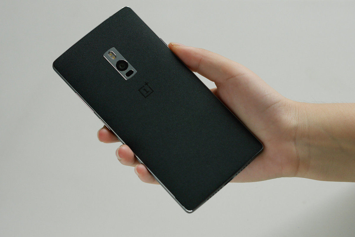 aaa OnePlus 2 poze oficiale, lansare, detalii si pret