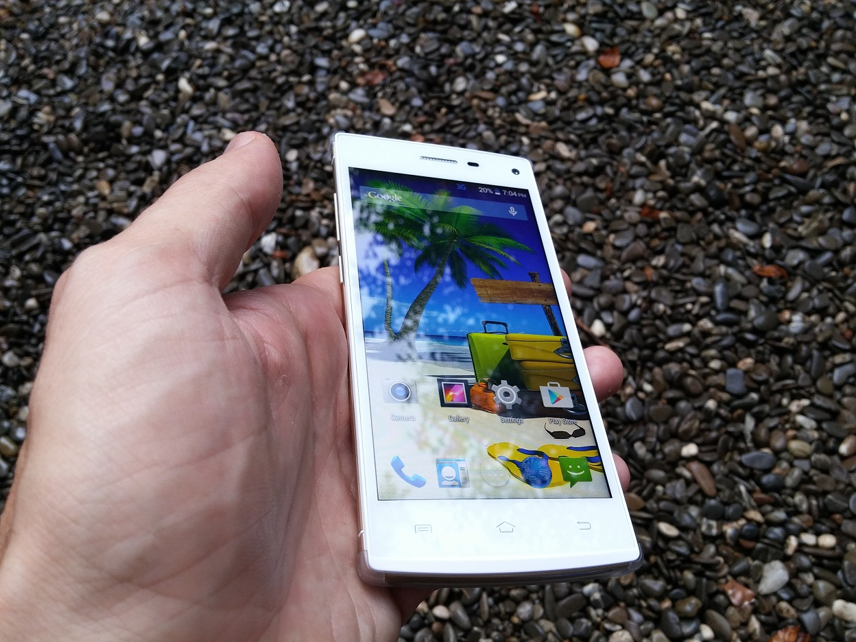hhh Review Mlais M9, telefon ieftin, bun si exotic