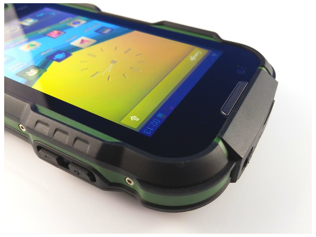 20151123_152753 Review UTOK Explorer 4, telefonul cu adevarat rezistent!
