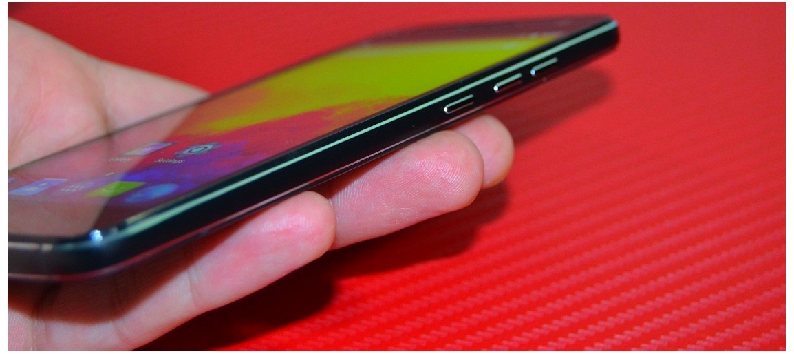 gg Unboxing Mijue T200, luxosul telefon 4G chinezesc si ieftin!