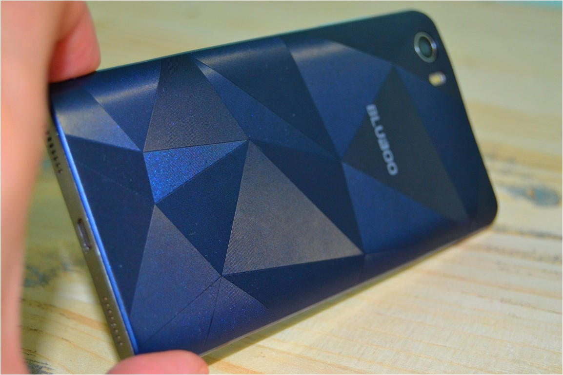 Unboxing Bluboo Picasso 3G