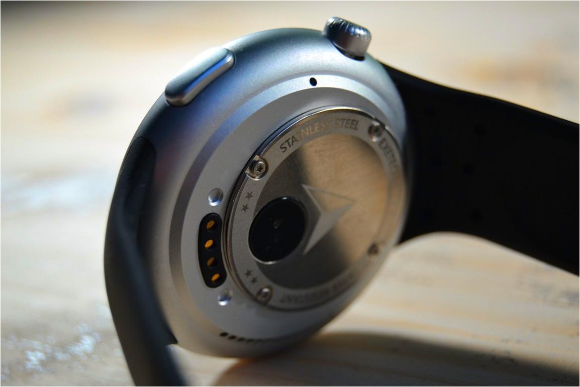 Unboxing Aiwatch C5, smartwatch cu o gramada de functii la pachet!