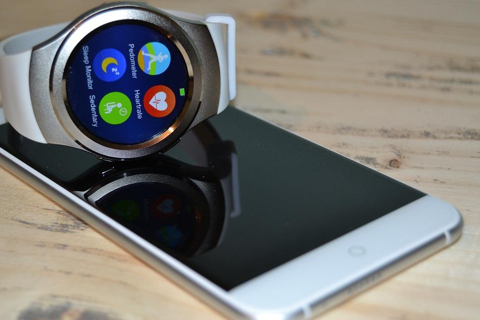 REVIEW No1 G3, smartwatch elegant cu o gramada de aplicatii la pachet