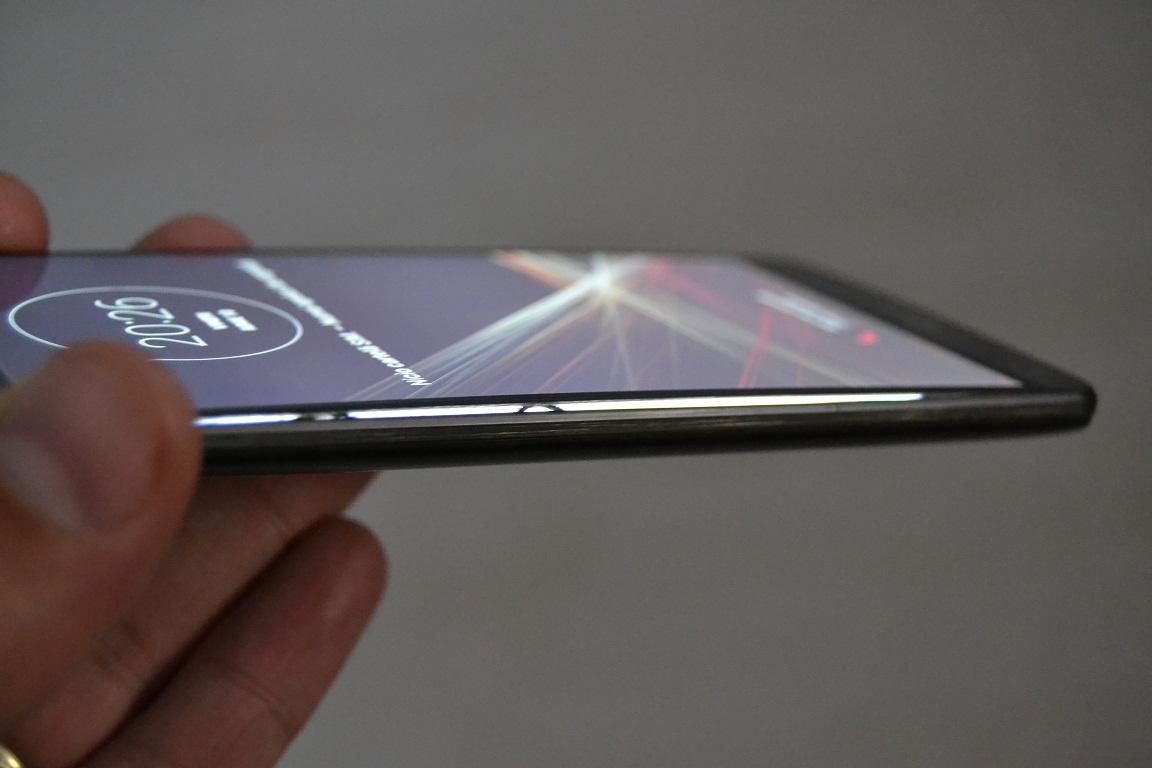 DSC_0122 Si LG o mai da in bara, bateria telefonului G3 umflata si ecran dezlipit...