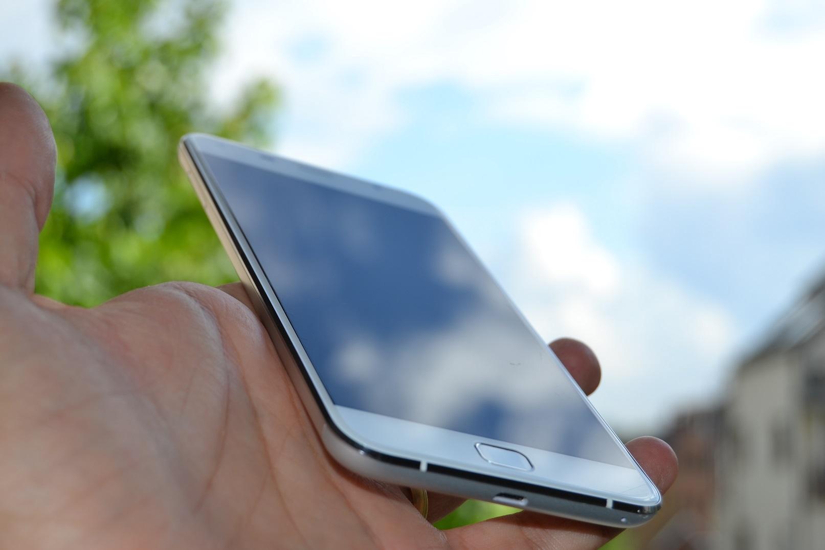 DSC_0405 REVIEW display UMi Touch si comparat cu UMi Super, tot partea de display