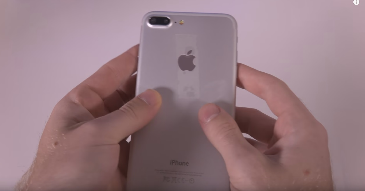 er Iata si o clona / replica de iPhone 7, pret, review video si specificatii