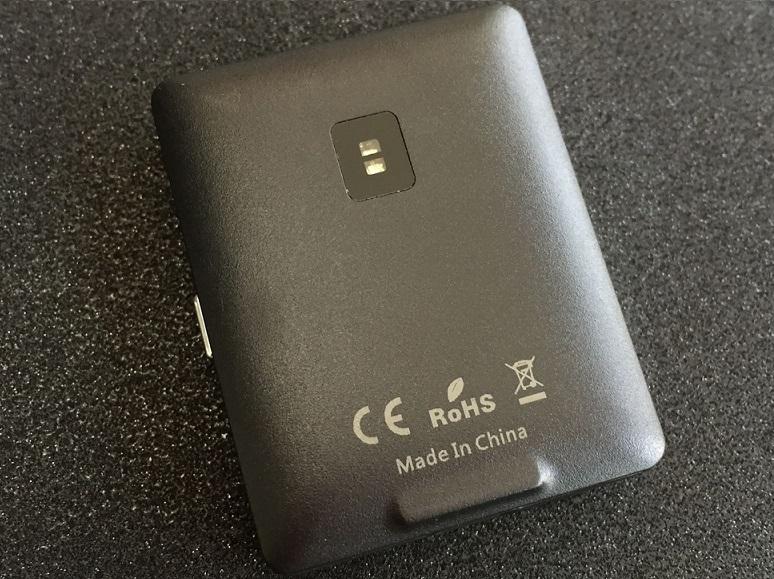 tgefvdsx Vphone S8 va fi cel mai mic telefon din lume cu touchscreen!