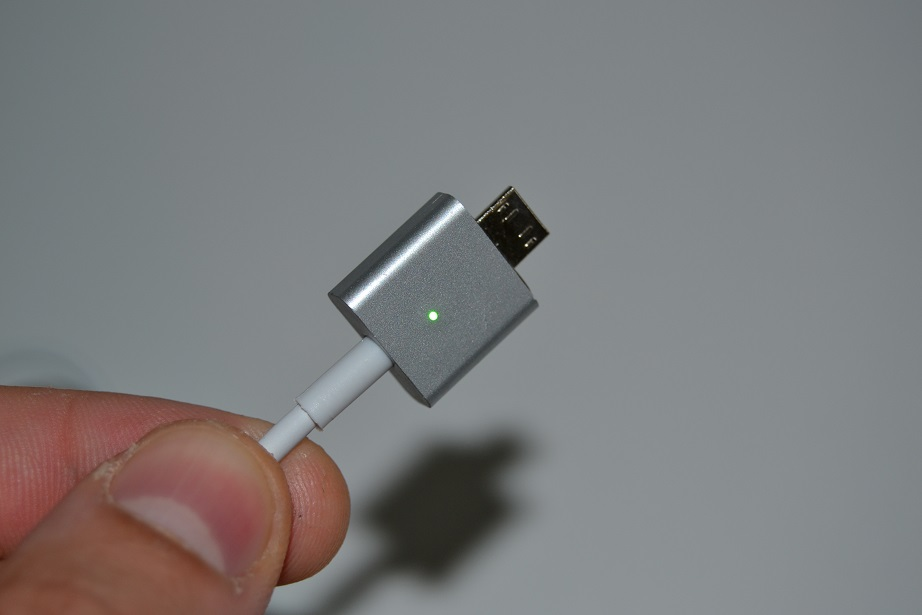 dsc_0120 Review: cablu de incarcare magnetic cu LED si lampa foto XIAOMI