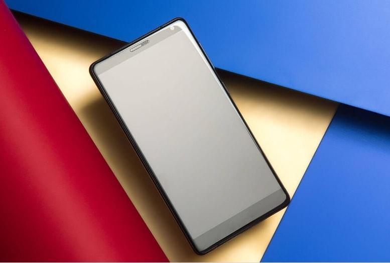 Lenovo ZUK Edge 5 Lenovo ZUK Edge anuntat oficial, Snapdragon 821, 6GB RAM si pret bun