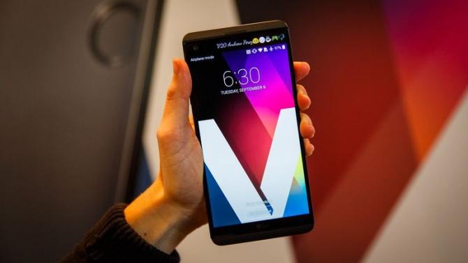LG V30 va veni cu Snapdragon 835 si 6 GB memorie RAM (zvon)