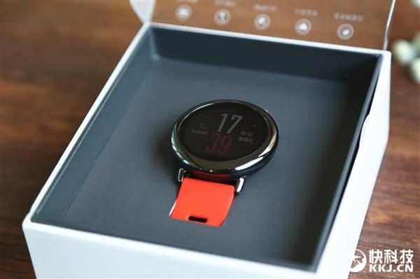 Xiaomi AMAZFIT, smartwatch destul de puternic si cu pret bun